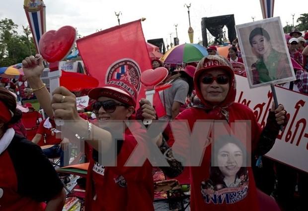 Thailande : le Pheu Thai defend Yingluck Shinawatra hinh anh 1