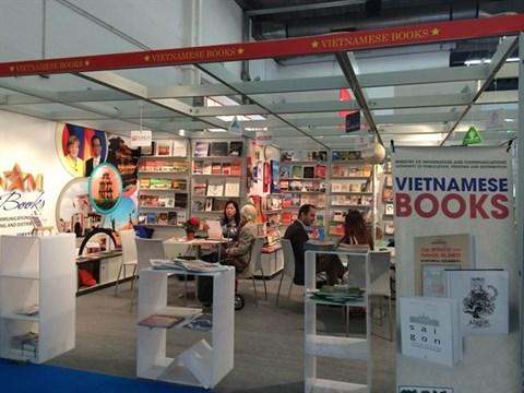 L'integration du secteur de l'edition du Vietnam au marche international hinh anh 1