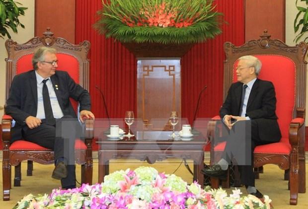 Renforcement des relations entre les Communistes vietnamien et francais hinh anh 1