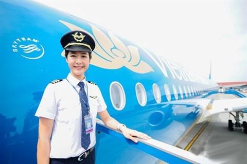 Elle est la plus jeune femme commandant de bord du Vietnam hinh anh 1