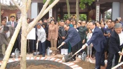 Hung Yen doit faire preuve de creativite pour developper l'agriculture hinh anh 2