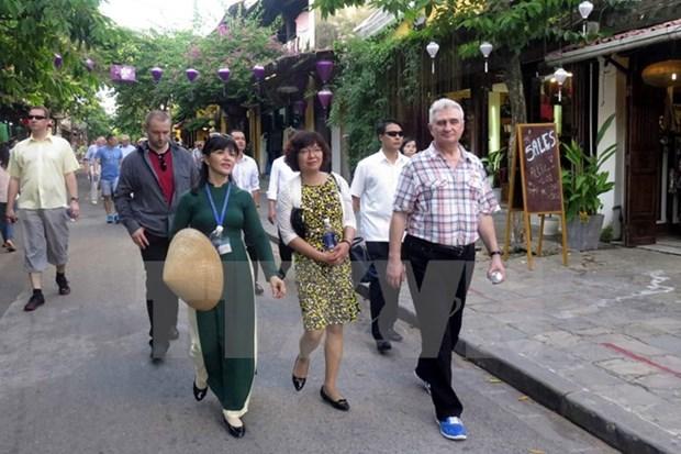 Le president du Senat tcheque Milan Stech visite la province de Quang Nam hinh anh 1