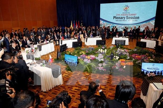Le PM souligne l'importance de la creation de la Communaute de l'ASEAN hinh anh 1