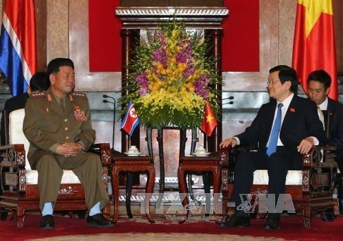 Le chef de l'Etat recoit le ministre nord-coreen des Forces armees populaires hinh anh 1