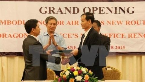 Cambodia Angkor Air ouvre une ligne aerienne Phnom Penh-Vientiane-Hanoi hinh anh 1