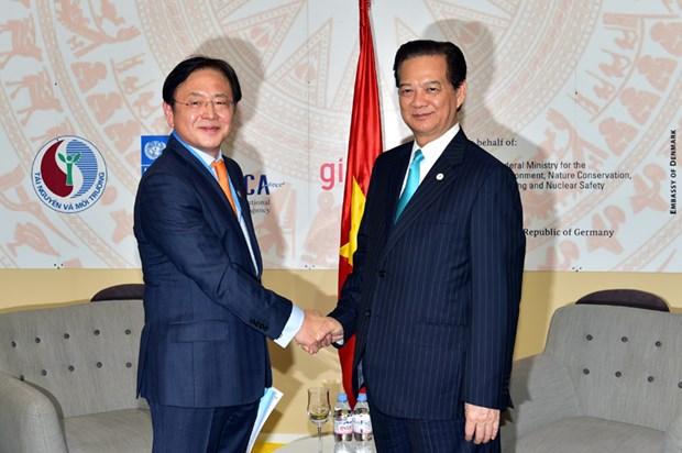 Le Vietnam souhaite promouvoir ses relations avec les pays du monde hinh anh 3