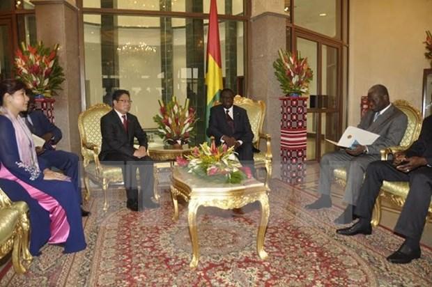 Le Burkina Faso reconnait le statut de l'economie de marche du Vietnam hinh anh 1