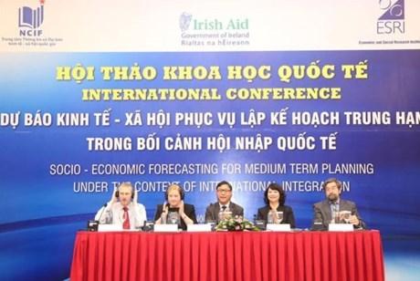 2016 : l'economie vietnamienne entrera dans le nouveau cycle de retablissement hinh anh 1