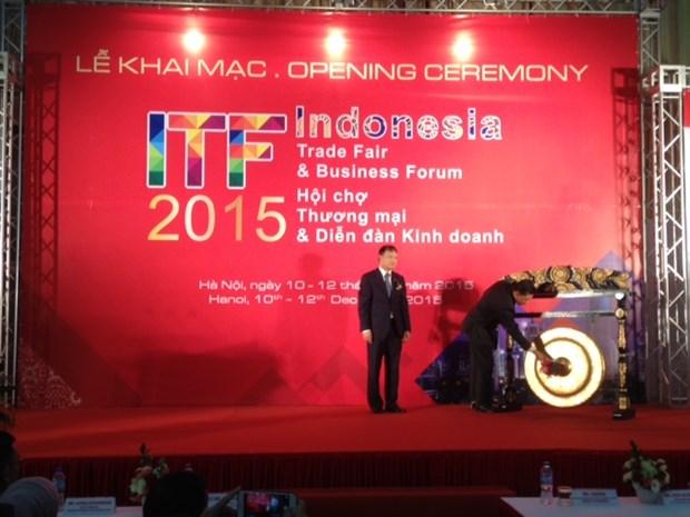 Ouverture de la Foire commerciale de l'Indonesie a Hanoi hinh anh 1