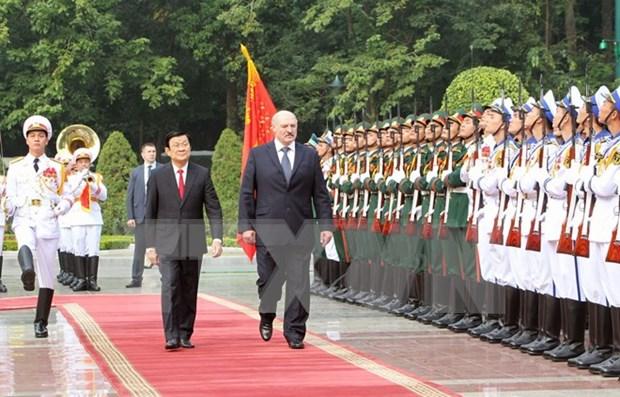 Entretien entre les presidents vietnamien et bielorusse hinh anh 1