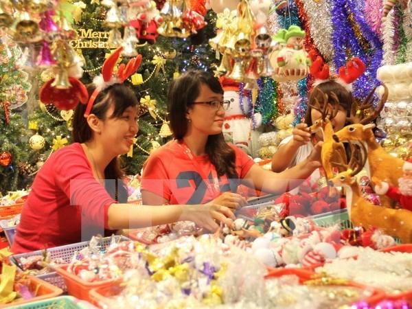Noel : meilleurs vœux a l'Eglise protestante du Vietnam (Sud) hinh anh 1