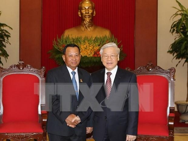 Le president du Senat cambodgien recu par des dirigeants vietnamiens hinh anh 1