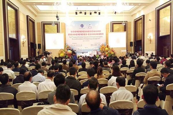 Conference scientifique sur l'endoscopie a Hue hinh anh 1