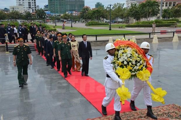 Les celebrations du 71e anniversaire de l'Armee vietnamienne au Cambodge hinh anh 1