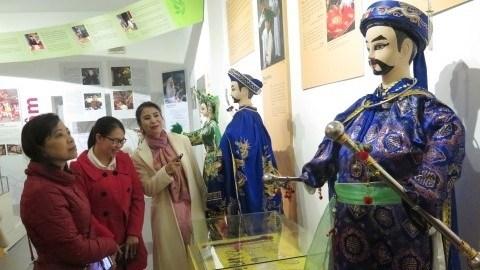 Le culte de la Deesse-Mere des Vietnamiens s'expose a Nam Dinh hinh anh 1