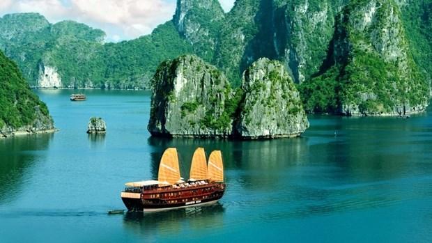 Quang Ninh accueille 30.000 touristes pour le Nouvel An 2016 hinh anh 1