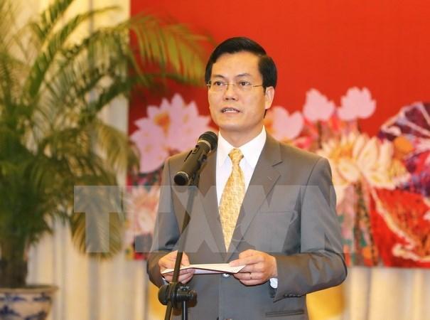 Nouvel An: rencontre avec des attaches de presse et reporters etrangers au Vietnam hinh anh 1