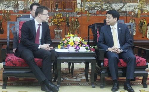 Hanoi souhaite elargir sa cooperation avec de nombreuses villes du monde hinh anh 1
