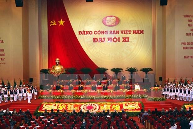 Exposition de plus de 800 livres et documents sur le Parti Communiste du Vietnam hinh anh 1