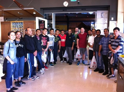 Les etudiants vietnamiens en Nouvelle-Zelande a la recherche de petits boulots hinh anh 1