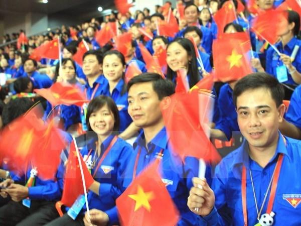 Les jeunes de la capitale confiants dans la direction du Parti hinh anh 1