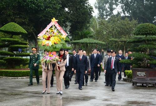A Ha Tinh et Nghe An, le chef de l'Etat montre la voie hinh anh 1