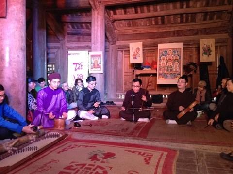 Decouverte du Tet d'antan avec le groupe Dinh lang Viet hinh anh 1
