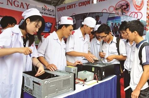 Plus de 1,6 million d'emplois crees en 2015 au Vietnam hinh anh 2