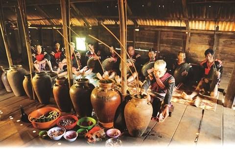 Les Ede celebrent le culte de l'eau, source intarissable de bienfaits hinh anh 2