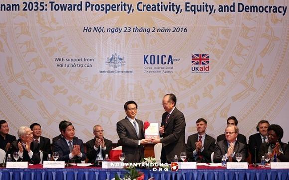 Rapport Vietnam 2035 : Vers la prosperite, la creativite, l'egalite et la democratie hinh anh 2