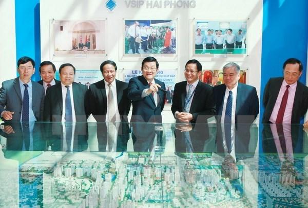 Le president Truong Tan Sang a Hai Phong pour parler du developpement des ZI hinh anh 1
