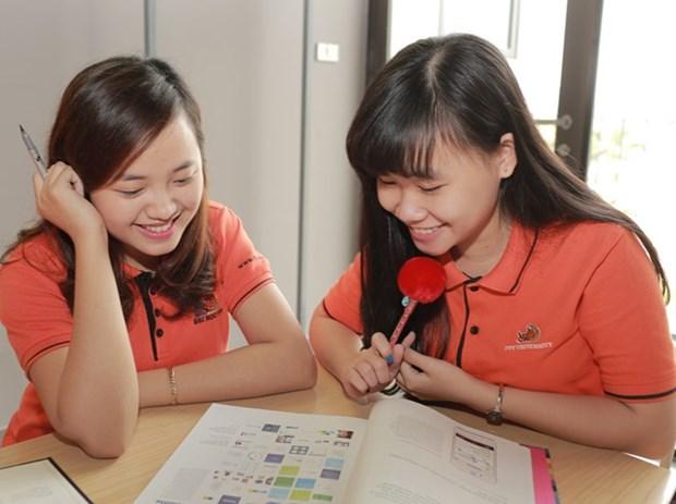 L'Universite FPT publie une version en vietnamien d'un magazine de l'education americaine hinh anh 1