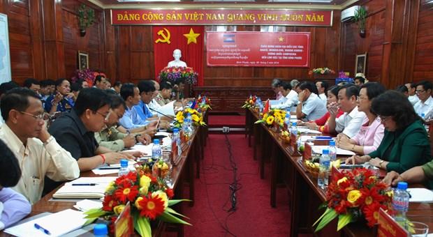 Binh Phuoc et des provinces cambodgiennes renforcent leur cooperation multiforme hinh anh 1