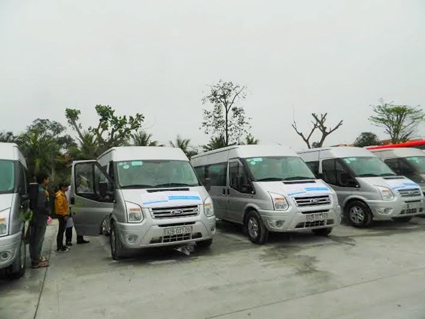 Hoi An experimente une ligne de bus public autour de la ville hinh anh 1