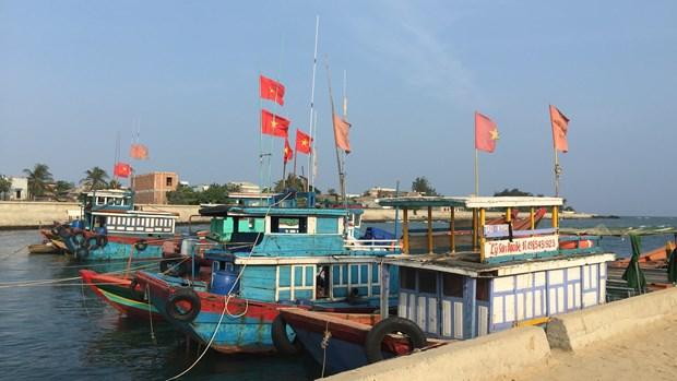 Le gouvernement vietnamien soutient toujours les pecheurs au large hinh anh 1