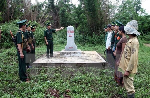 Vietnam-Laos : le bornage des frontieres acheve hinh anh 1