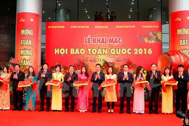 Coup d'envoi de la fete nationale de la presse de 2016 hinh anh 1