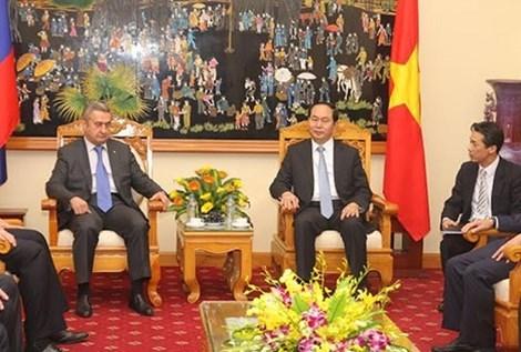 Vietnam et Russie approfondissent leur cooperation en matiere de securite hinh anh 1