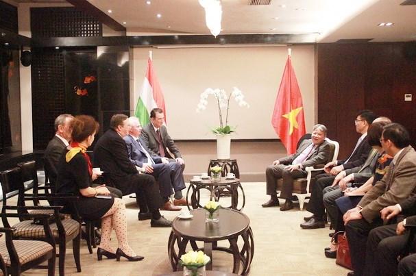 Vietnam et Hongrie promeuvent la cooperation juridique hinh anh 1