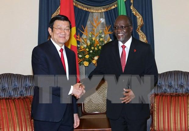 La tournee presidentielle impulse les liens avec Tanzanie, Mozambique et Iran hinh anh 1