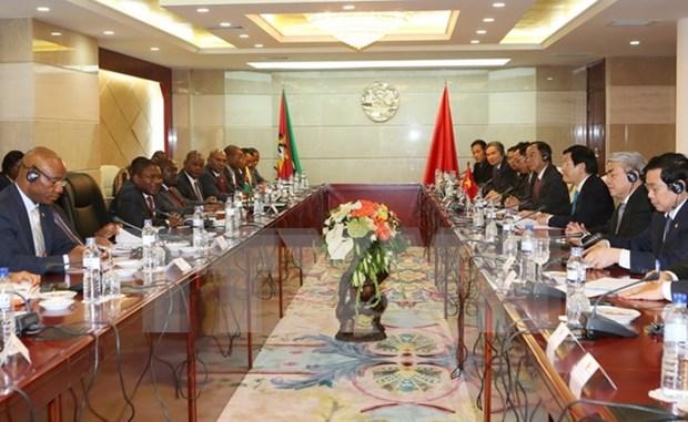 La tournee presidentielle impulse les liens avec Tanzanie, Mozambique et Iran hinh anh 2