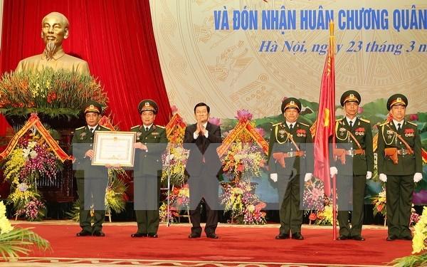 Assurer une fourniture suffisante en denrees et equipements militaires a l'Armee hinh anh 1