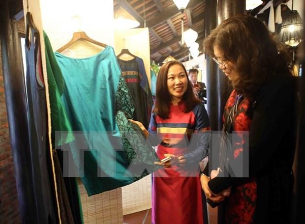 Ouverture du Festival de la culture de la soie Vietnam-Asie 2016 a Hoi An hinh anh 1