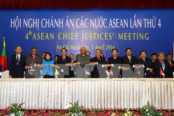 Quatrieme reunion des chefs de la Justice de l'ASEAN a HCM-Ville hinh anh 1