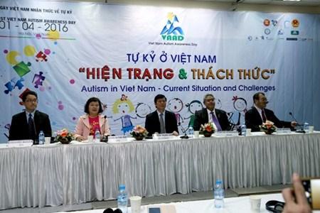 La journee mondiale de sensibilisation a l'autisme au Vietnam hinh anh 2