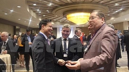 Promouvoir le commerce du Vietnam en Roumanie hinh anh 1