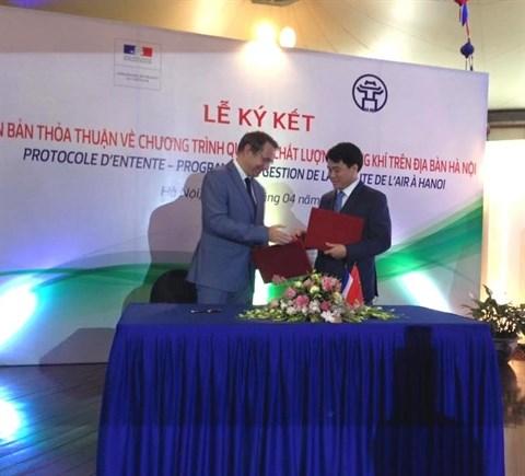 France-Vietnam : des accords pour lutter contre la pollution de l'air a Hanoi hinh anh 1
