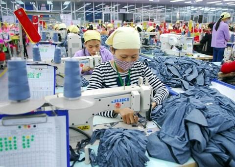 Hausse de 10% des exportations nationales prevue en 2016 hinh anh 2