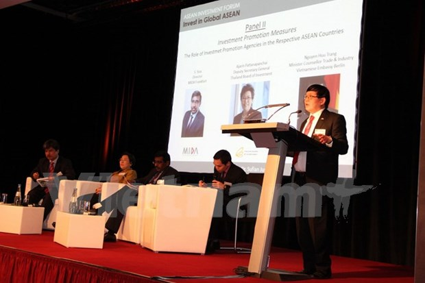 Seminaire sur la promotion de l'investissement de l'ASEAN en Allemagne hinh anh 1