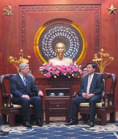 HCM-Ville et les Etats-Unis intensifient leur cooperation dans l'agriculture hinh anh 1